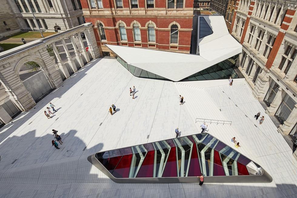 Nowy dziedziniec Muzeum Wiktorii i Alberta w Londynie